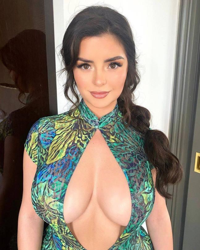 Demi Rose Mawby Huge Tits