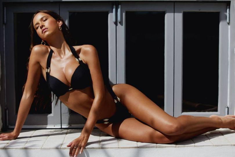 Isabelle Mathers Sexy Bikini