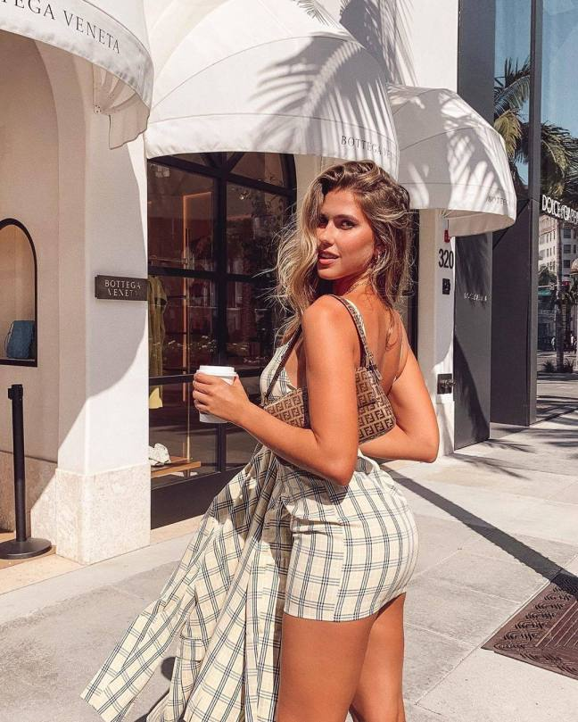 Kara Del Toro Sexy Ass In Short Dress
