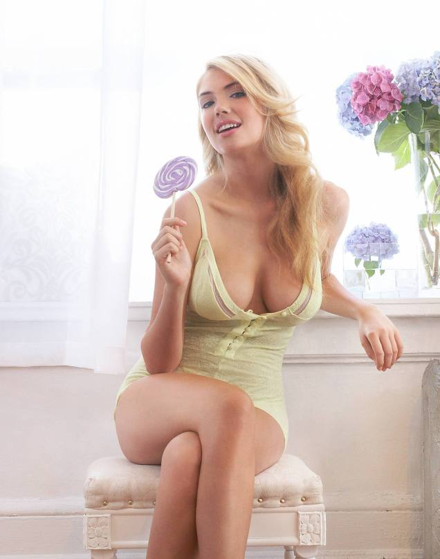 Kate Upton Hot In Lingerie