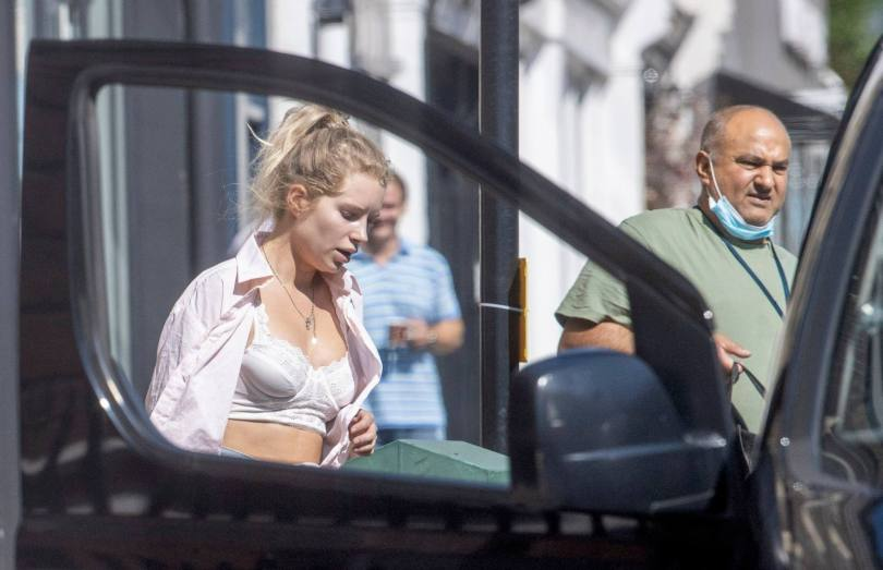 Lottie Moss In White Bra