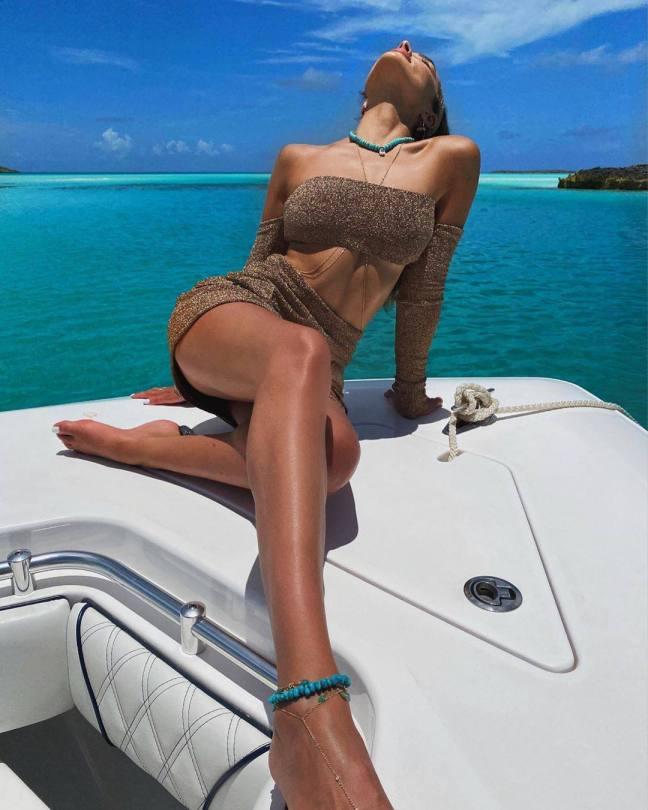 Olivia Culpo Sexy Upskirt On A Boat