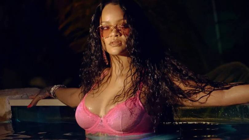 Rihanna Fantastic Body