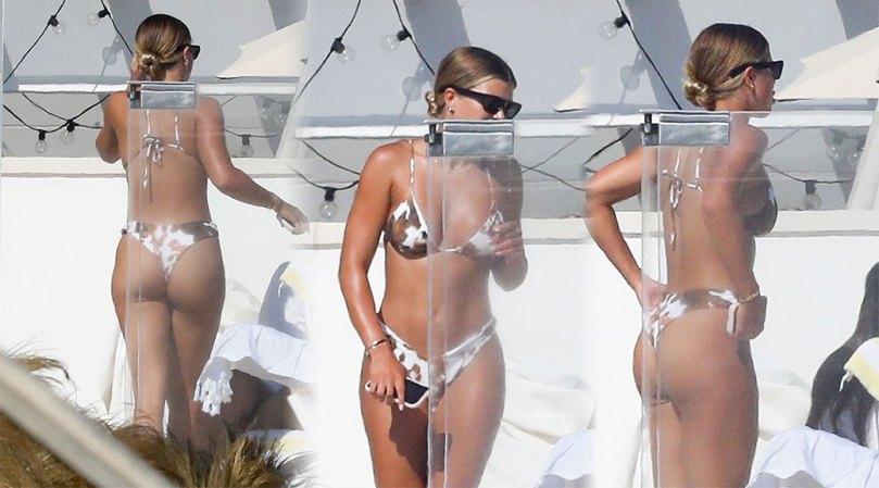 Sofia Richie Hot Bikini Body