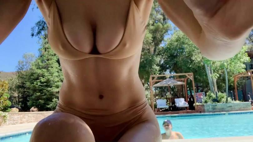 Alexandra Daddario Beautiful Boobs
