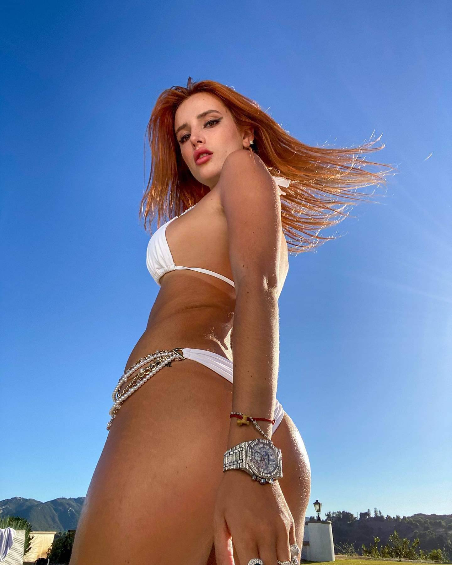 Bella Thorne Hot Ass