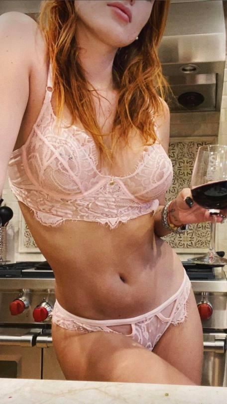 Bella Thorne Sexy Underwear