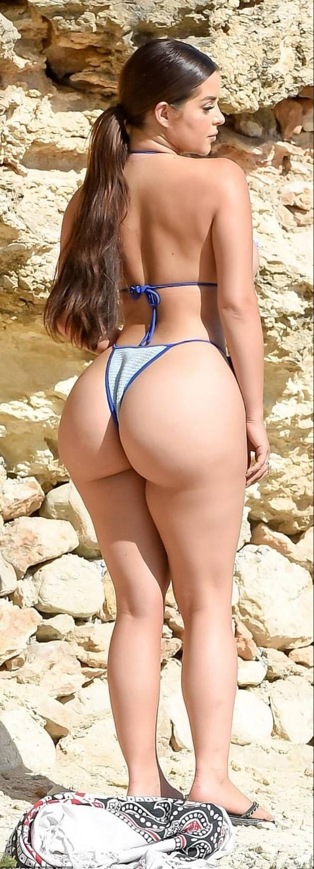 Demi Rose Mawby Huge Ass And Boobs