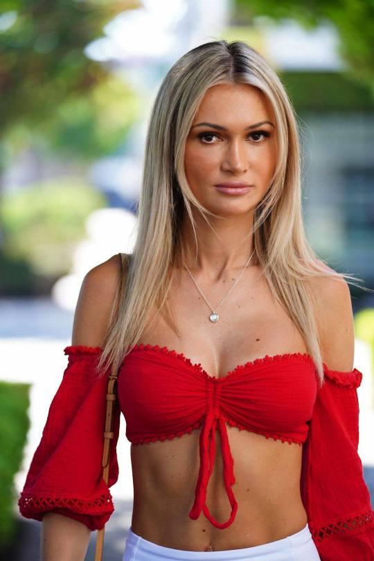 Ella Rose Hot Red Top