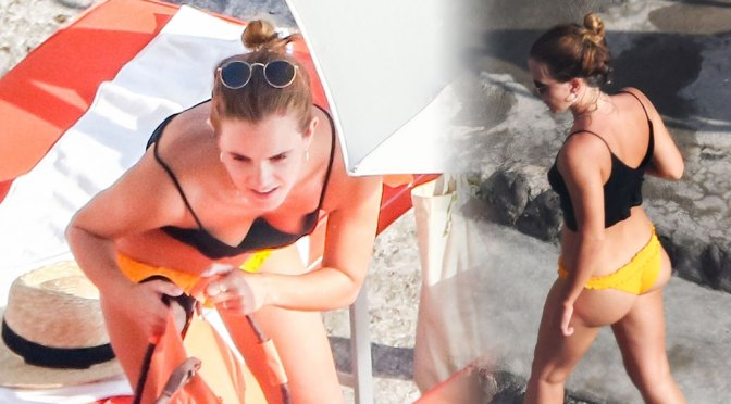 Emma Watson Sexy Ass And Boobs In Bikini