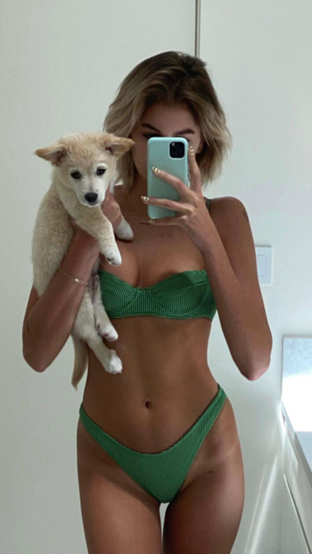 Kaia Gerber Selfie In Bikini