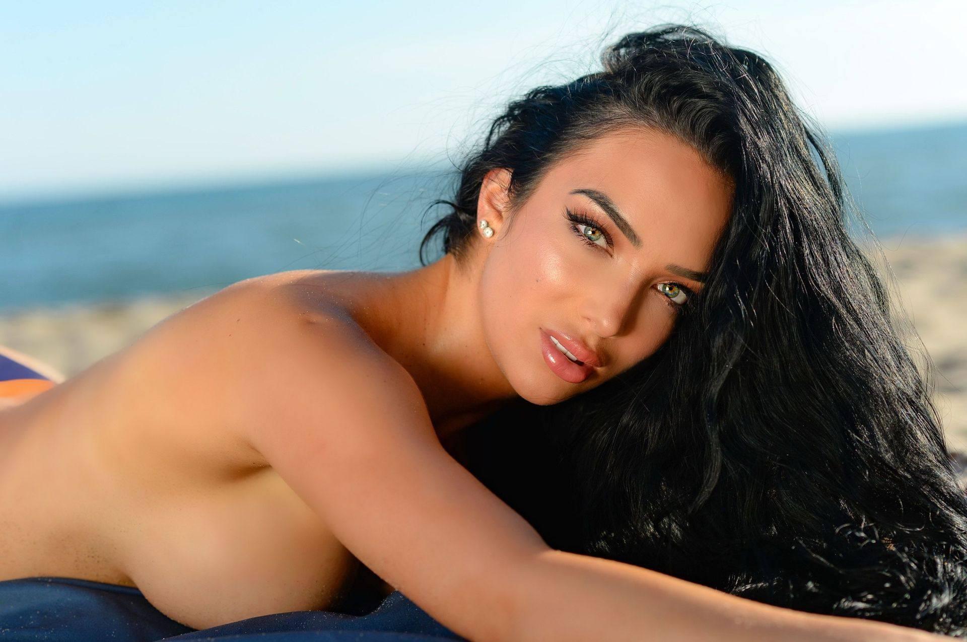 Shahira Barry Sexy Body