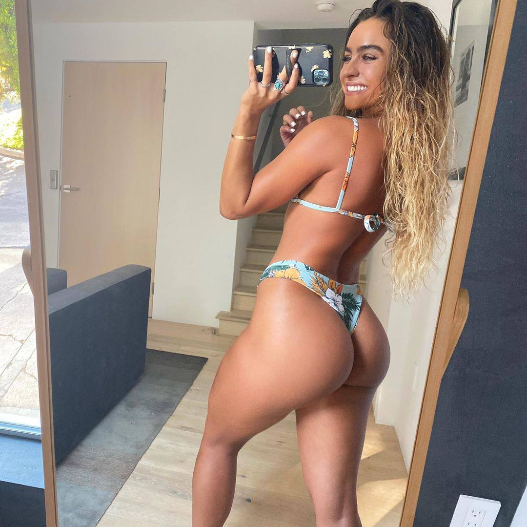 Sommer Ray Fantastic Big Ass