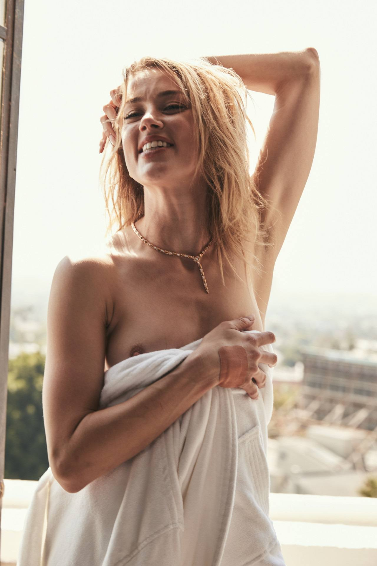 Amber Heard Topless Outtakes