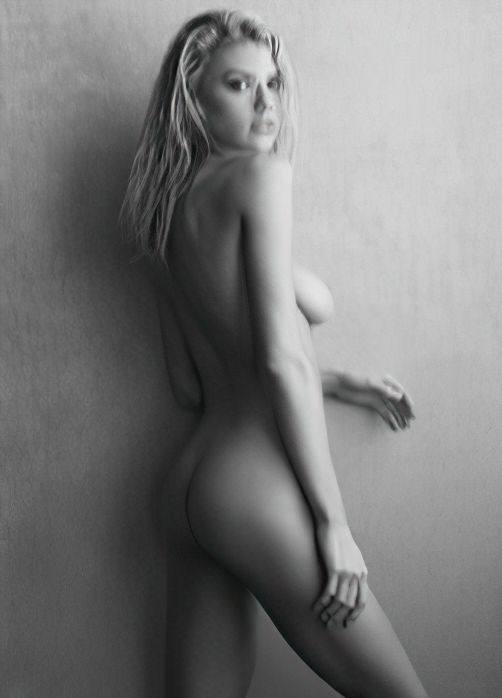 Charlotte Mckinney Hot Topless Boobs