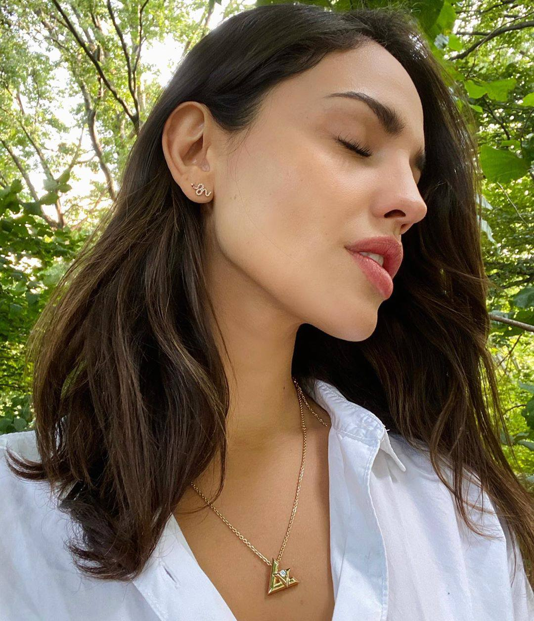 Eiza Gonzalez Beautiful Portrait