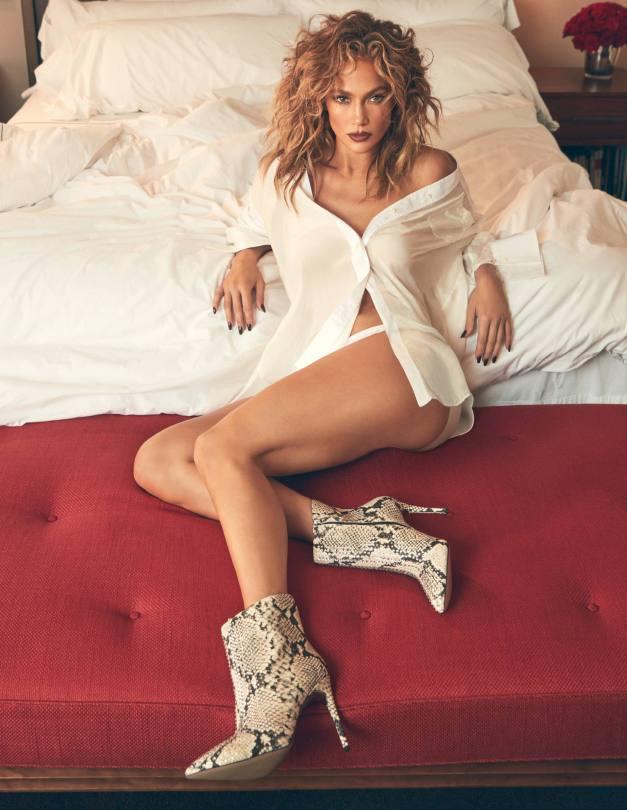 Jennifer Lopez Sexy Photoshoot