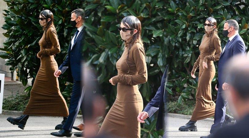Kendall Jenner Naked Under Tight Dress