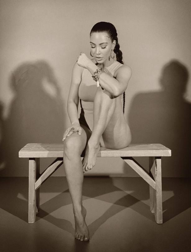 Kim Kardashian Sexy Pics