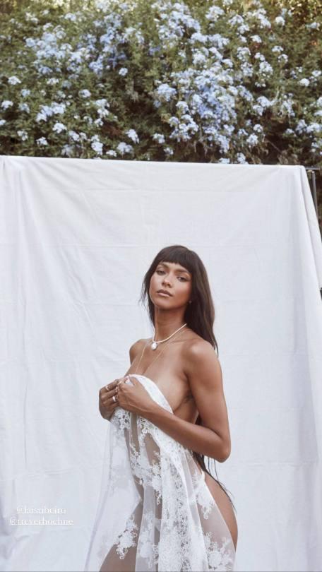 Lais Ribeiro Naked Photos