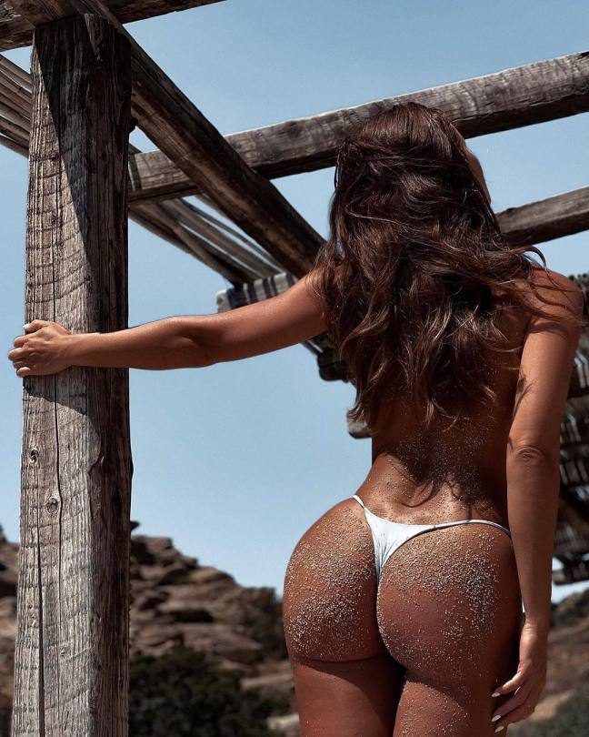 Lucia Javorcekova - Fantastic Boobs and Ass in Sexy Photoshoot