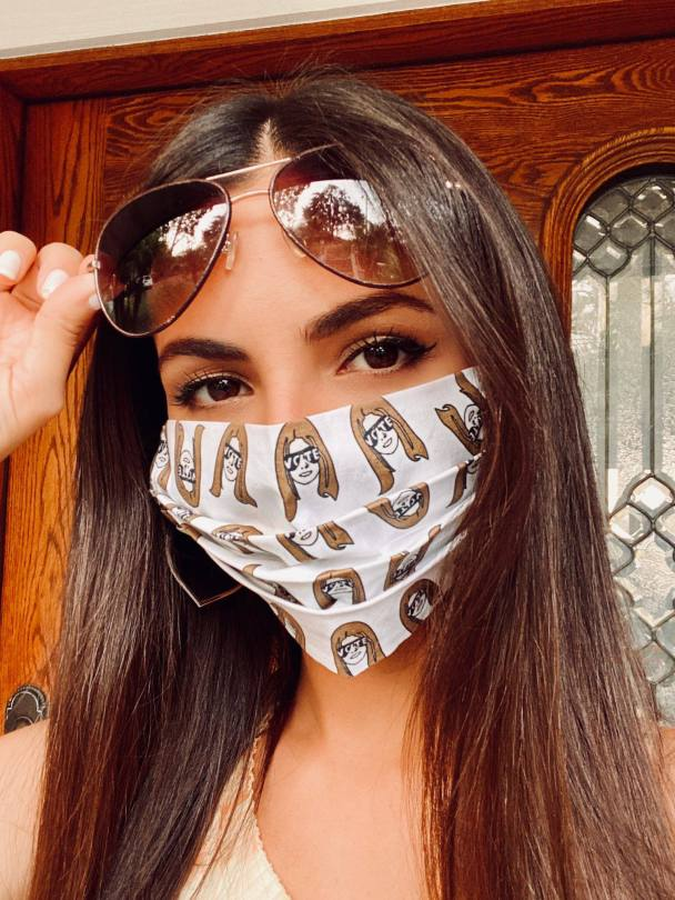 Victoria Justice Beautiful With Mask