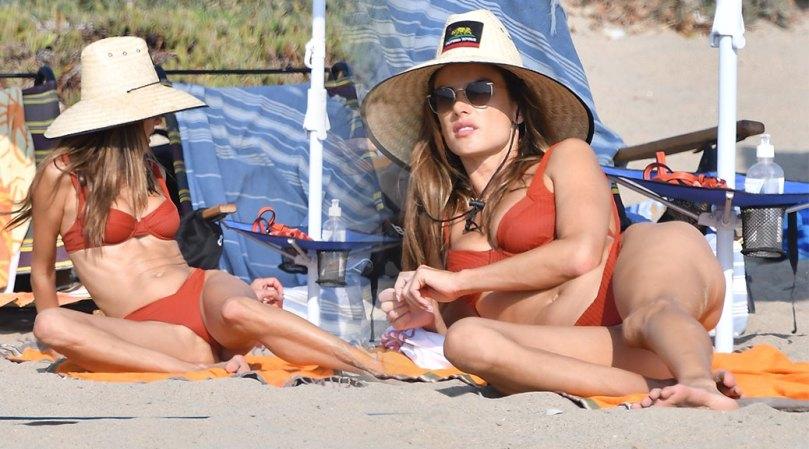 Alessandra Ambrosio Sexy Breasts In Bikini
