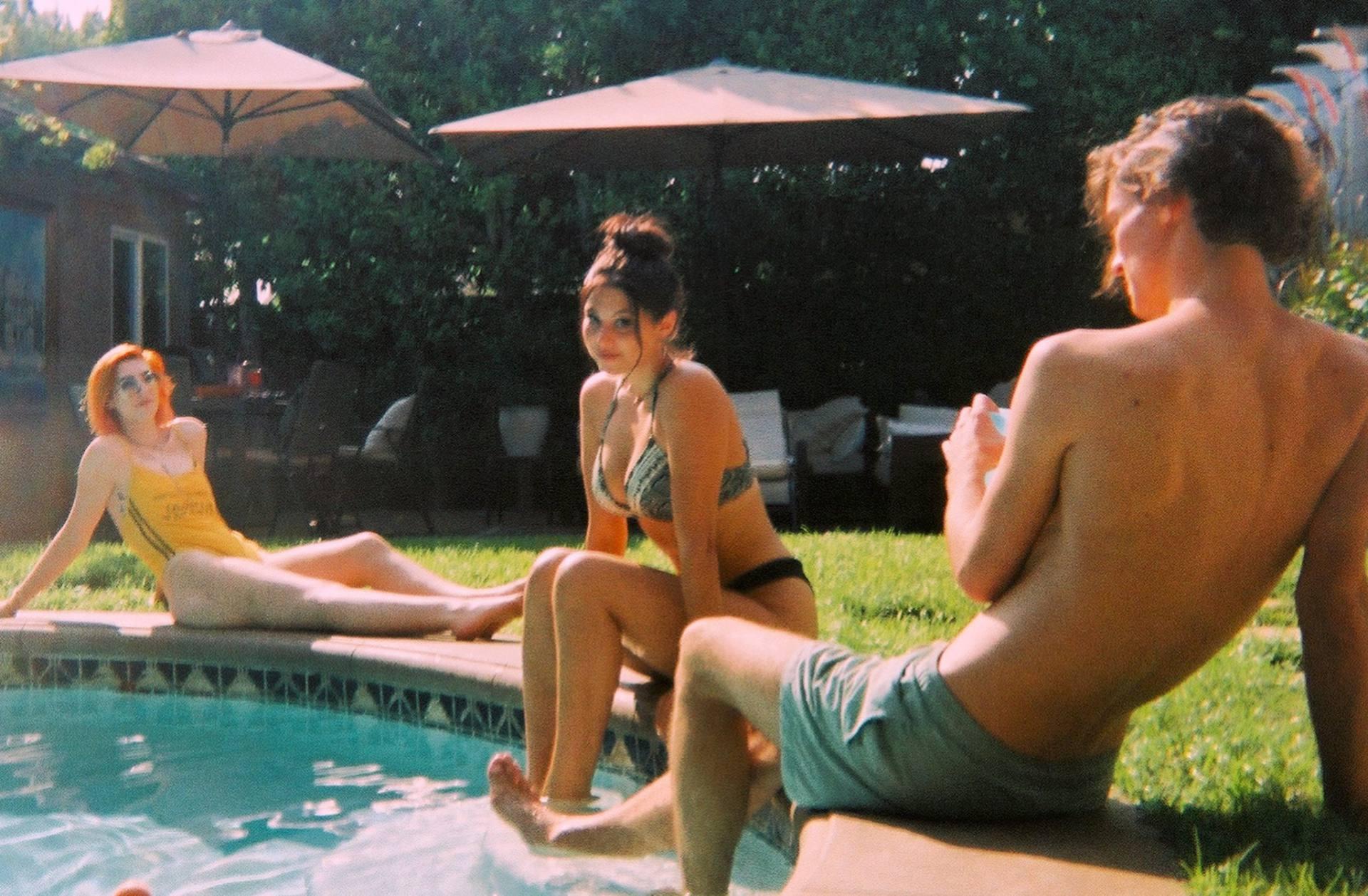Kira Kosarin Sexy Boobs In Bikini