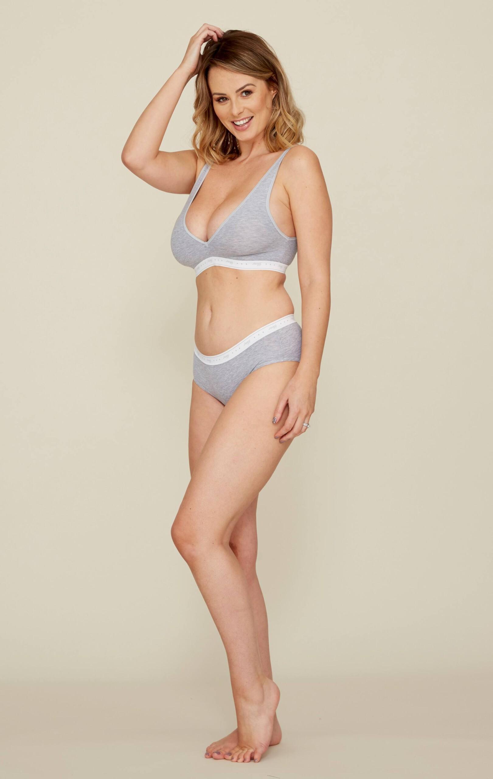 Rhian Sugden Huge Sexy Boobs