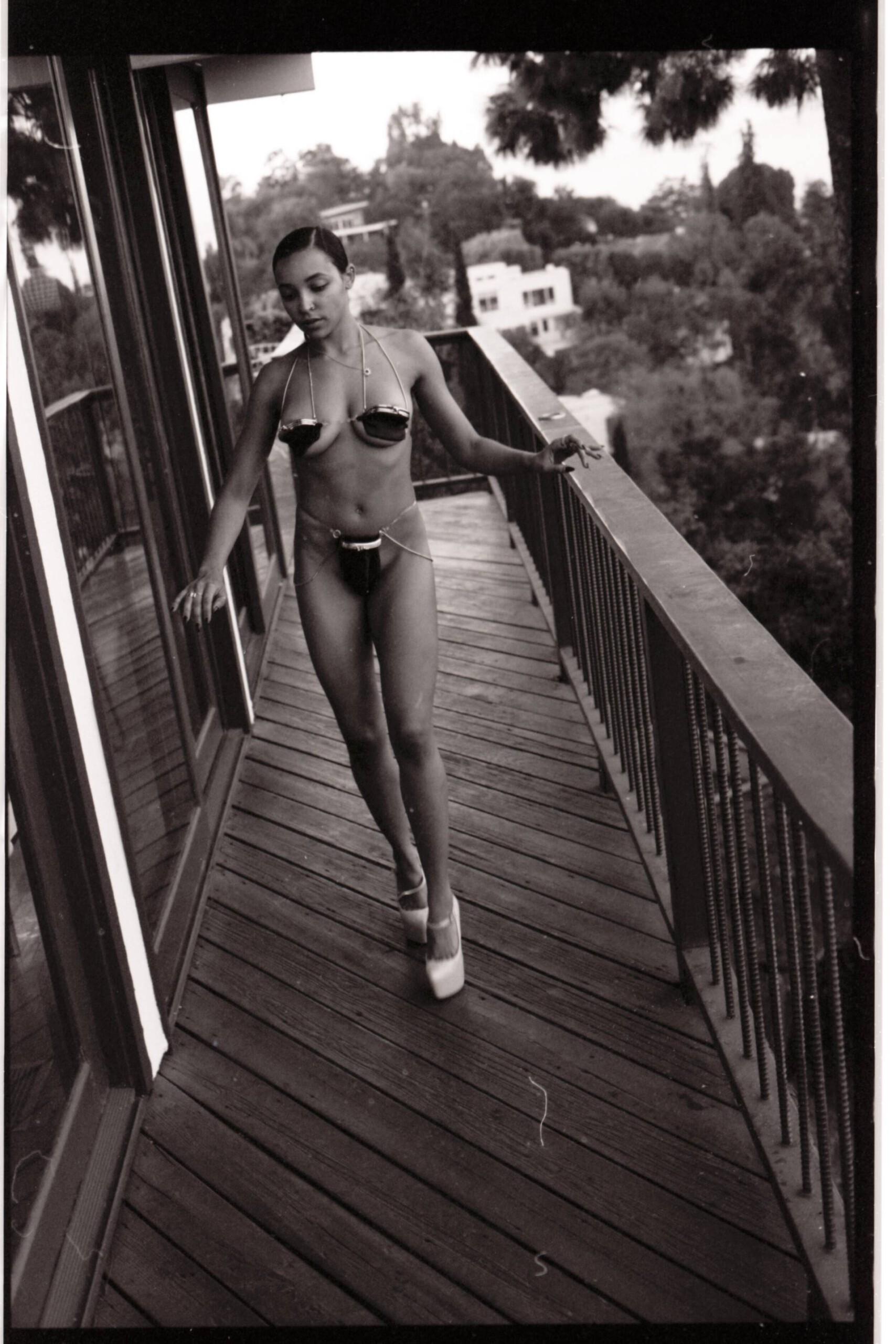 Tinashe Topless Pics