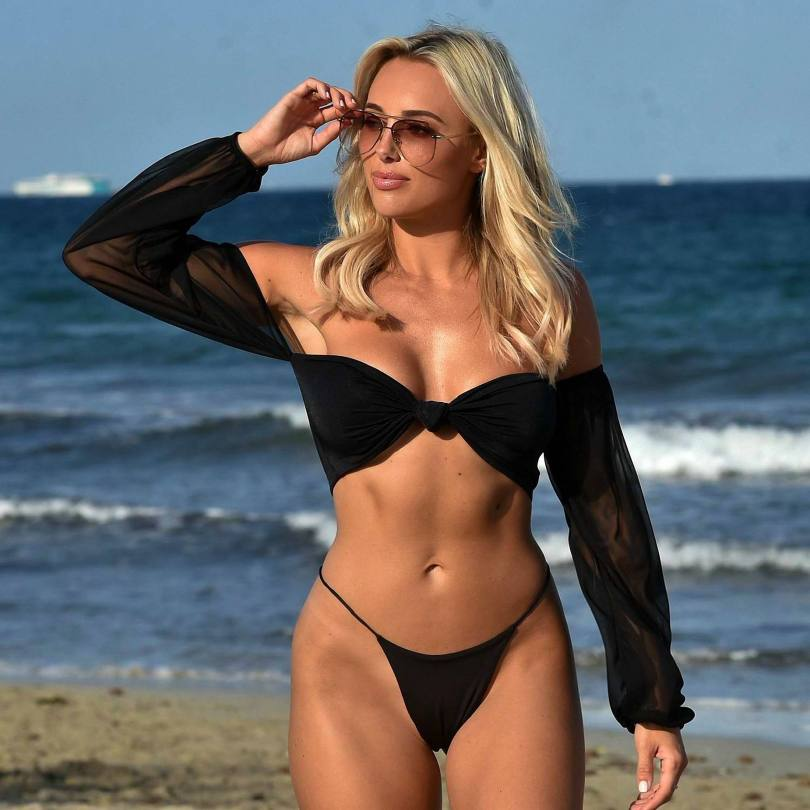 Amber Turner Hot Body In Bikini