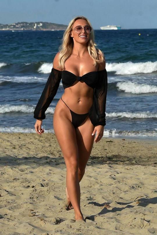 Amber Turner Hot Body In Bikini