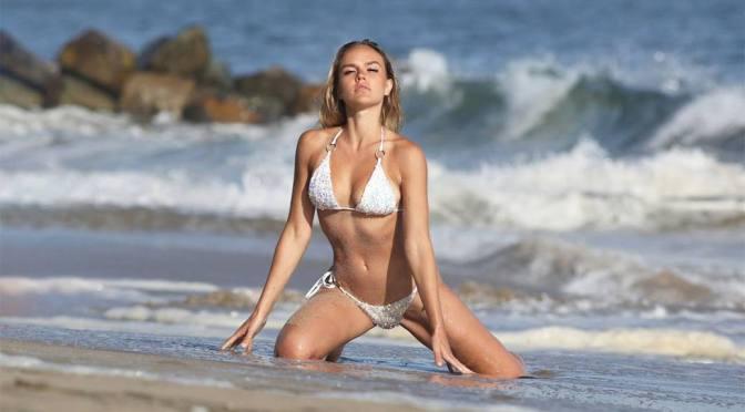 Dasha Inyutkinam – Sexy Body in Bikini for 138 Water Photoshoot in Malibu
