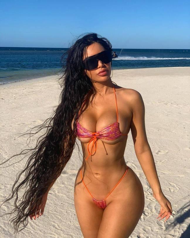 Janet Guzman Hot Body