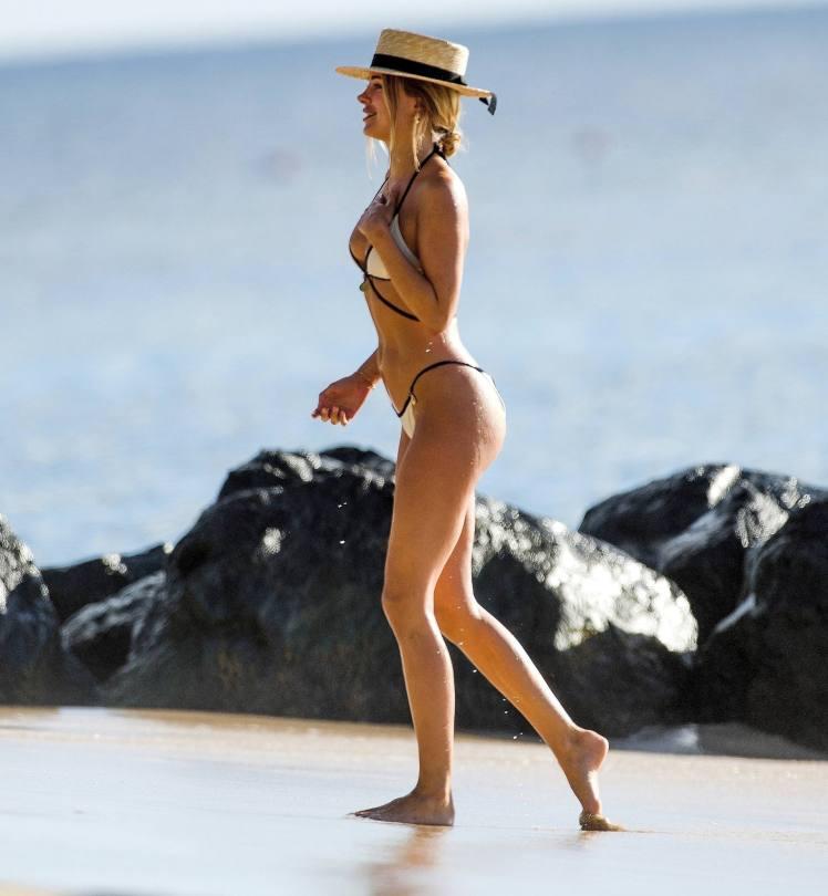 Kimbeley Garner Perfect Body