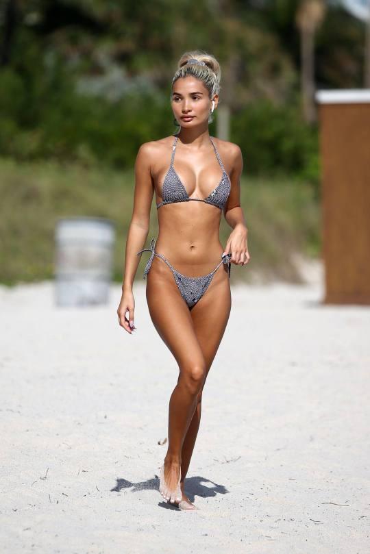 Pia Mia Perez Fantastic Body