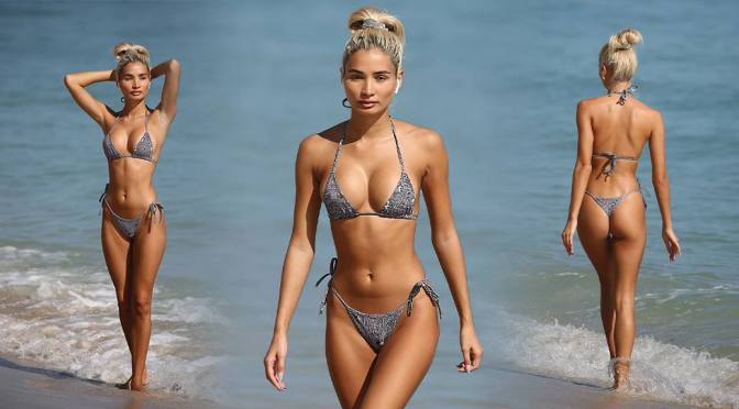 Pia Mia Perez – Fantastic Body in a Thong BIkini on the Beach in Miami