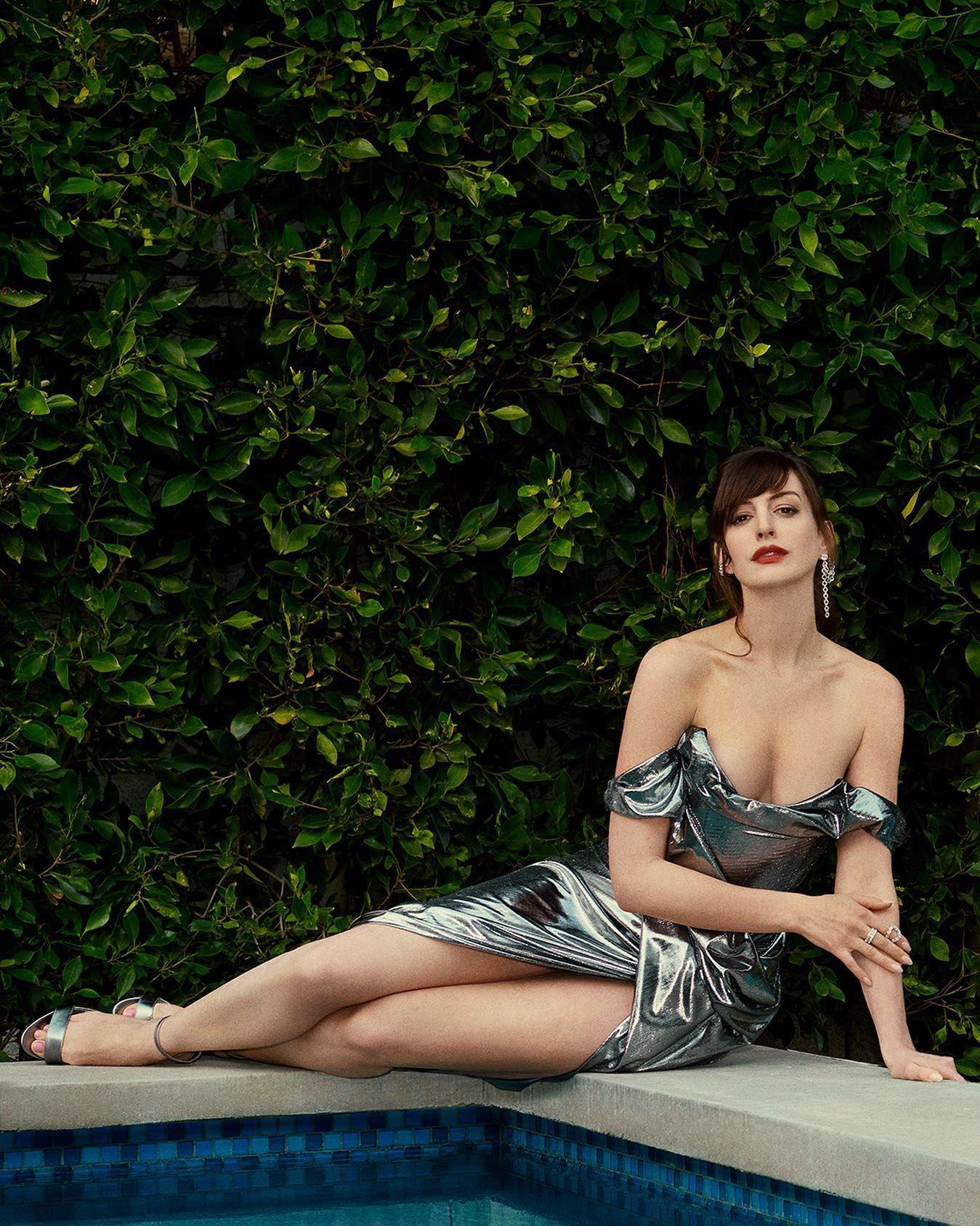 Anne Hathaway Sexy Dress