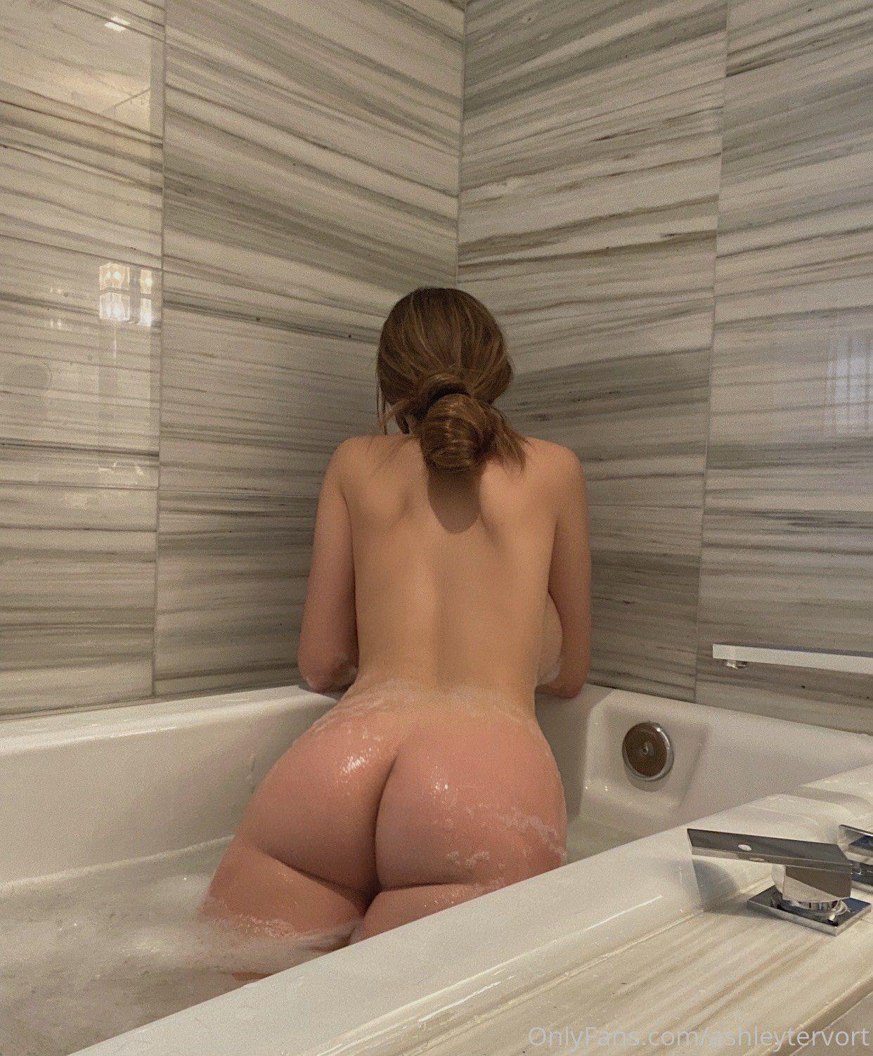 Ashley Tervort Naked Body