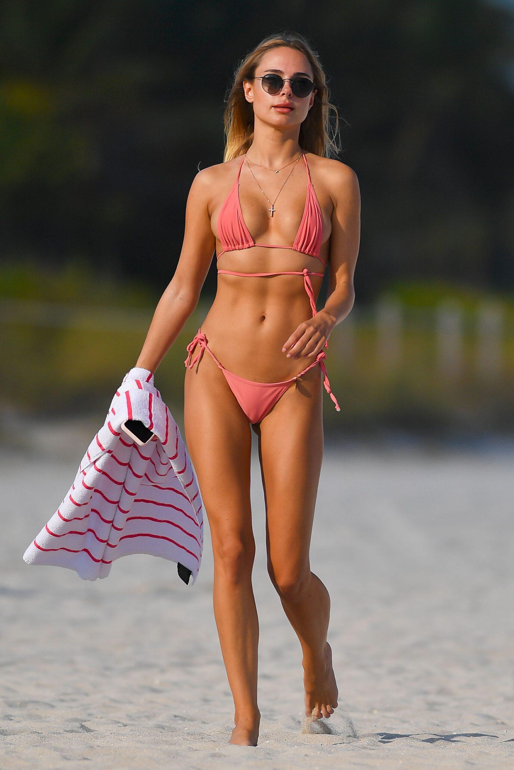 Kimberley Garner In String Bikini