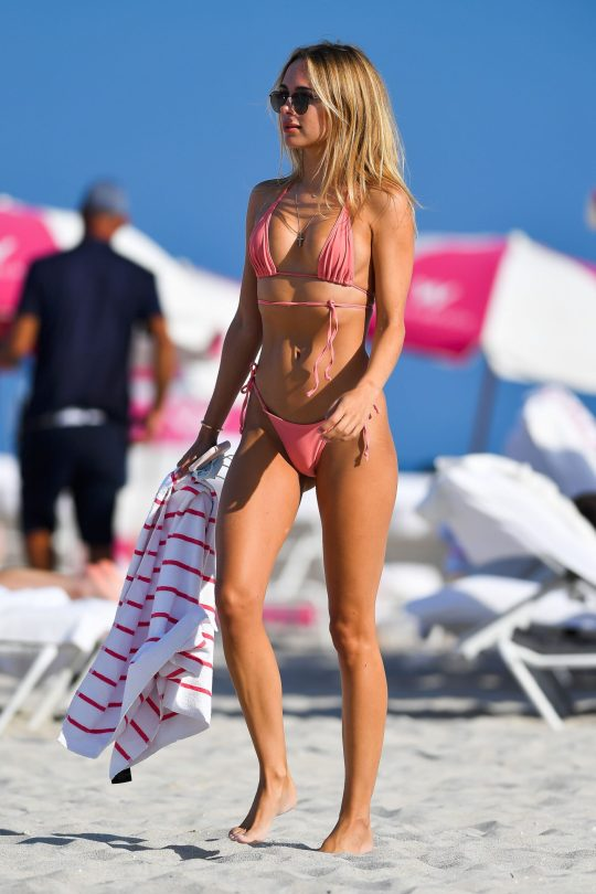 Kimberley Garner In String Bikini Copy