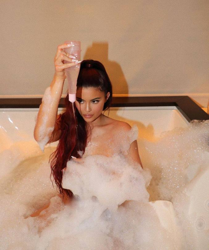 Kylie Jenner In Bath