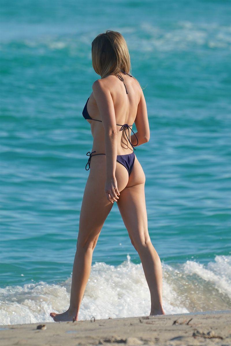 Louisa Warwick Beautiful Ass In Bikini