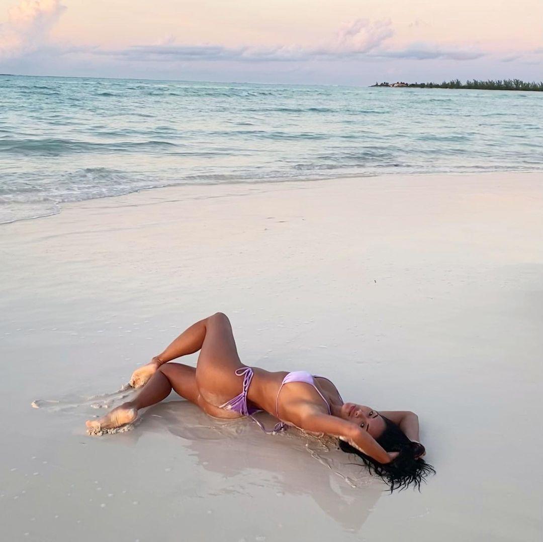 Nicole Scherzinger Hot Bikini Body
