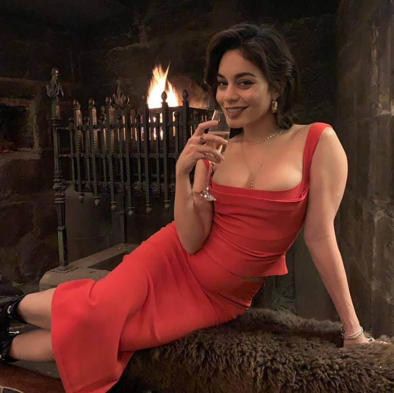Vanessa Hudgens Beautiful In Red Dress