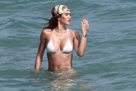 Amelia Gray Hamlin Fantastic Boobs In Bikini