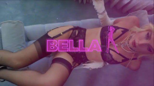 Bella Thorne In Lingerie