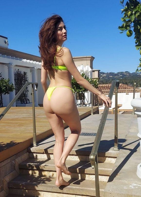 Blanca Blanco In Thong Bikini