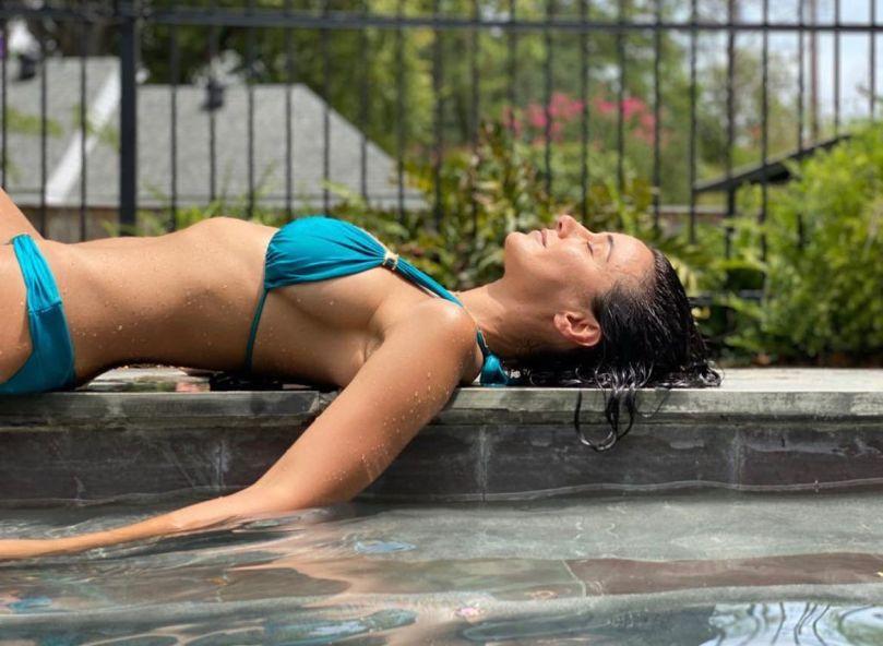 Emmanuelle Chriqui Beautiful In Bikini
