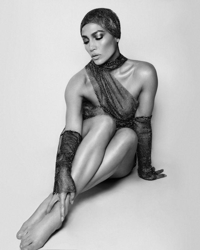Jennifer Lopez Sexy Allure Photoshoot